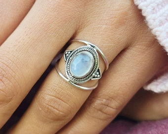 Moonstone Ring Solid 925 Sterling Silver Ring Band Ring Statement Ring SR401