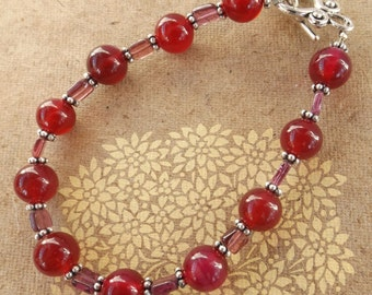Handmade pink onyx (dyed) and pink rubellite (tourmaline) gemstone crystal bracelet