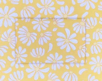 Yellow Daisy Gift Wrap