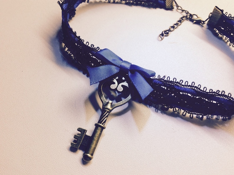 Cute black and blue choker collar  with key pendant. Kitten image 0