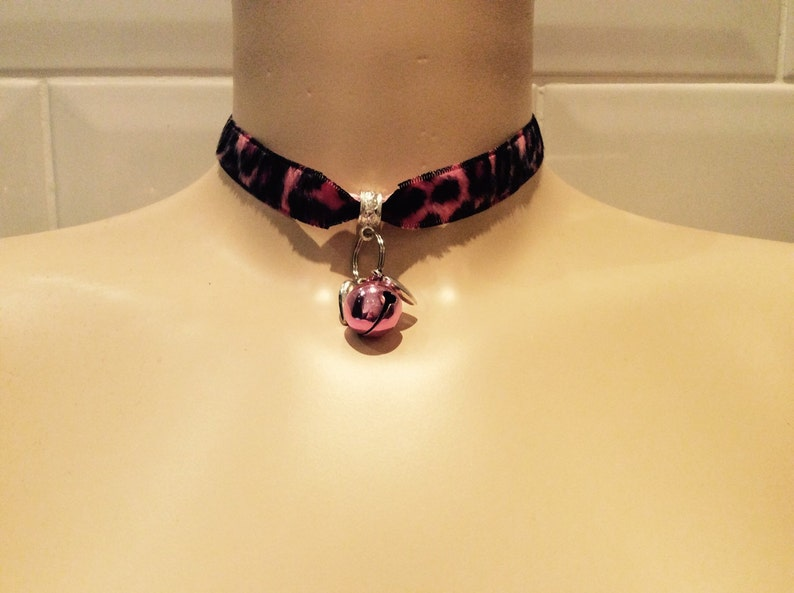 Cute black and pink choker collar  with hearts and cat bell image 0