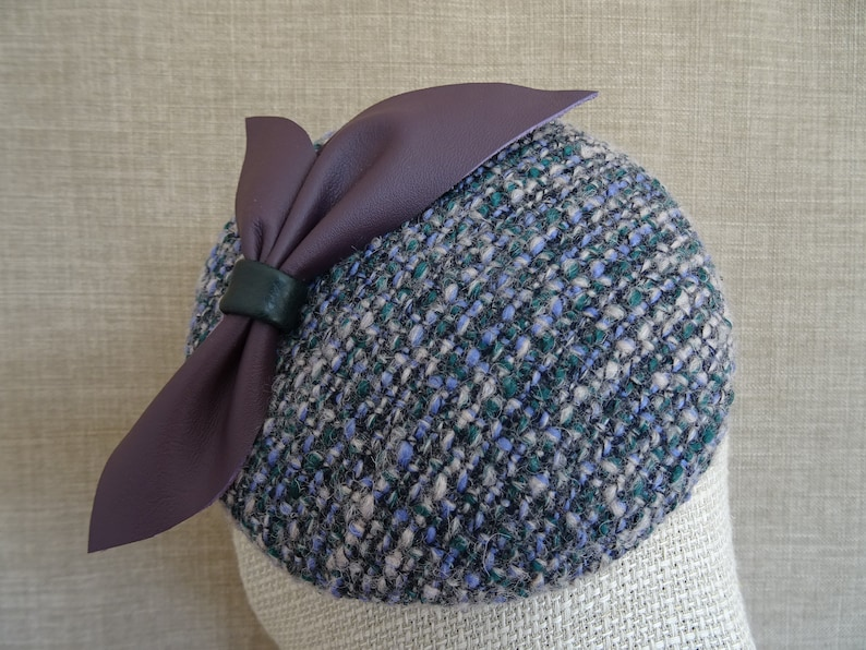 Vintage inspired boucle pillbox hat button shaped fascinator with purple leather bow CK43 lavender green beret style cocktail hat