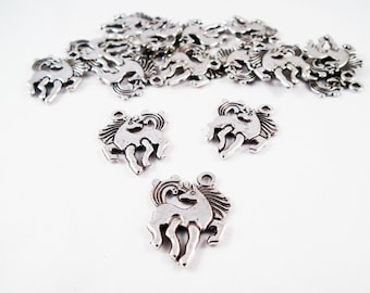 BP60 - 5 horse drawing Animation antique silver charms / Vintage Tibetan Silver Horse Shape Double-Sided Charm Pendant