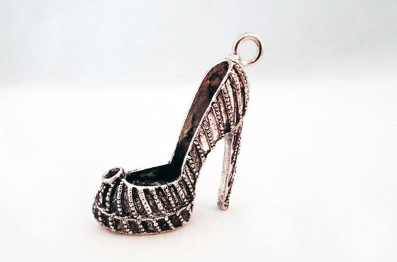 BP100R-Breloque stiletto heel style Louboutin Choo red solegold bronze silver 4 choice colour red sole high heels shoe pendant