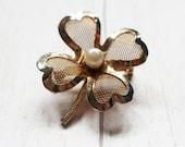 Vintage clover brooch, vintage four leaf clover, good luck brooch, gold clover brooch