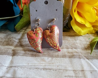 Earrings Polymer clay coral and gold hearts textured dangle earrings