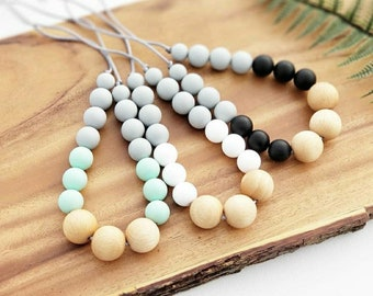 Teething Necklace for Mom, Modern Nursing Necklace, Chewlery, Teether Chewing Beads, Chew Jewelry Beads, Beech Wood and Silicone Necklace