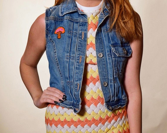 One of a kind vintage cropped light denim vest with hippie embroidered mushroom women's size XS-S