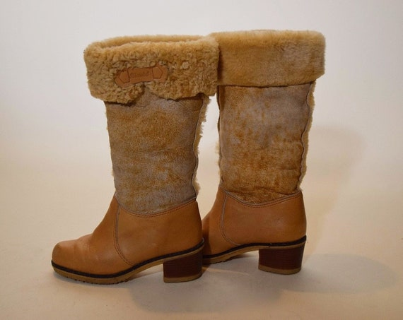 1970s vntage leather + shearling fur snow tan + camel boots with 2 inch stacked heel women's US size 5.5 -6