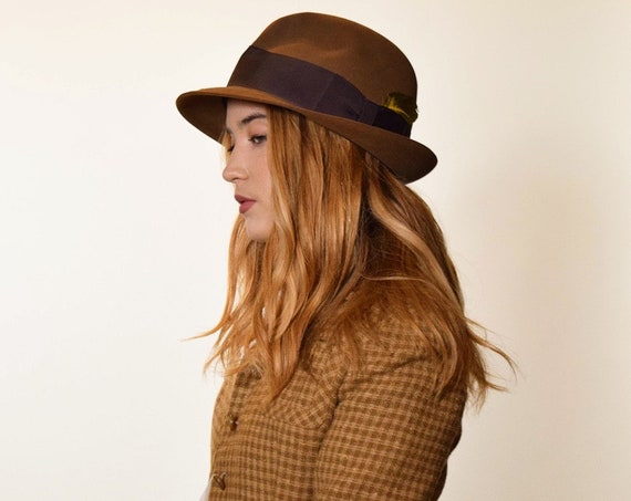 1960s authentic vintage dark brown felt fedora with feather size 7 1/4