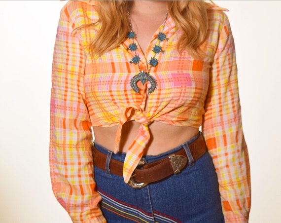 1960's authentic vintage long sleeve plaid tie midriff blouse spring summer hippie women's size small