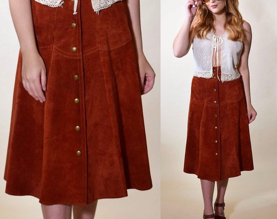 1970s authentic vintage rust red/brown suede midi length snap up front high waisted skirt women's size XS-S