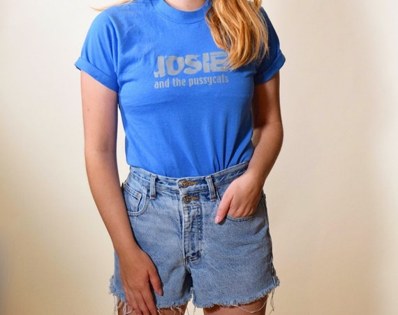 1990s authentic vintage Josie and the Pussy Cats blue graphic tee shirt women's size small