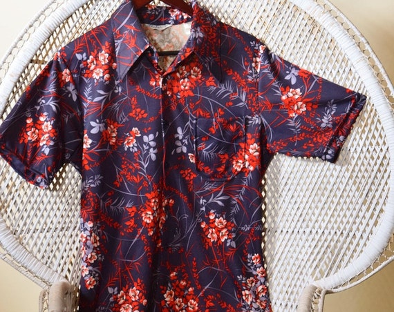 1970s authntic vintage polyester button down Hawaiian floral disco men's shirt size Medium