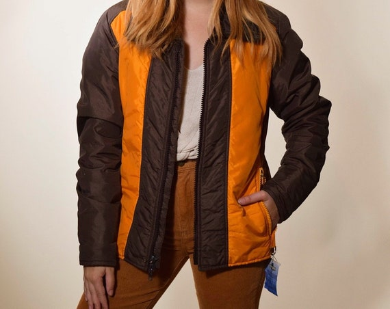 Authentic vintage  orange + brown zip up front puffer / ski jacket women's size medium