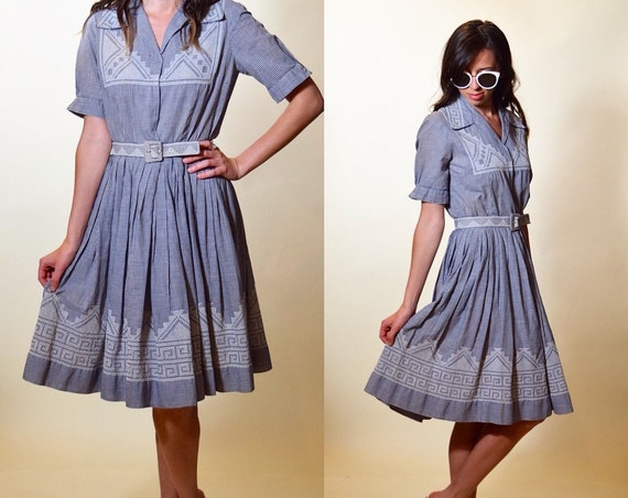 1950s authentic vintage Rockabilly style gingham print blue and white classic belted fit and flare mid length dress women's size XS/S