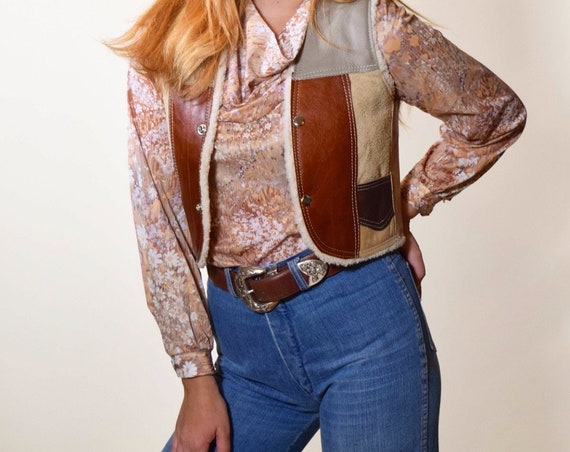 Vintage genuine leather patchwork and shearling lining cropped vest with snap closure women's size XXS- XS