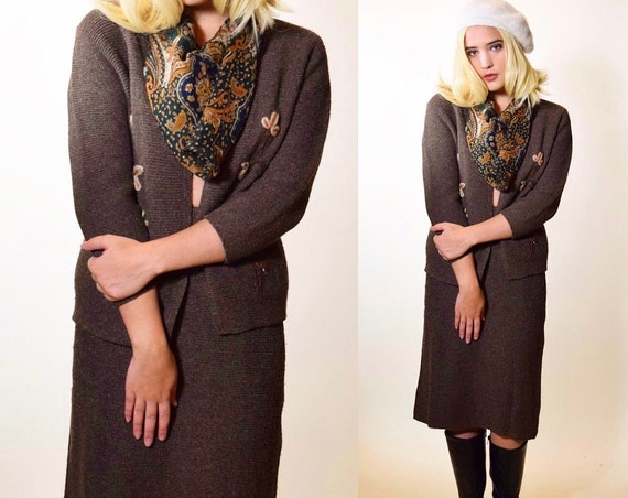1940s-1950s two piece sweater + pencil skirt wool blend embroidered set / Bonnie and Clyde / Women's size S-M