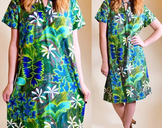"Vintage 1970's hawaiian ""South Seas"" brand blue and green retro high collar Hawaiian dress women's size small/ medium"