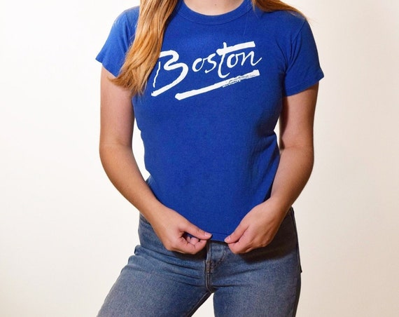 1970s-1980s authentic vintage Boston souvenir style fitted graphic tee shirt women's size XS