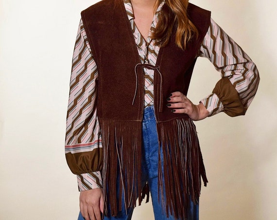 Authentic vintage 1970's brown suede leather fringe hippie bohemian vest women's size Medium-Large