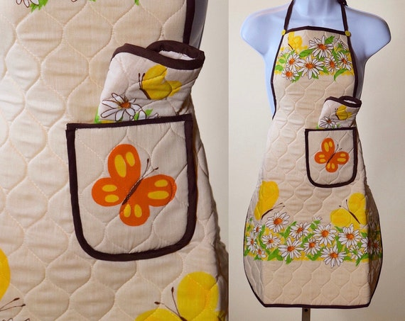 1970s authentic vintage hippie butterfly floral quilted apron + matching hot pad
