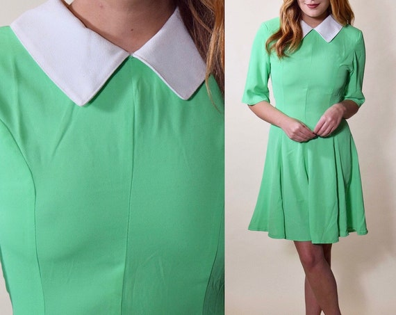1980s vintage preppy light green + white Peter Pan collar short sleeve fit and flare mini dress women's size small