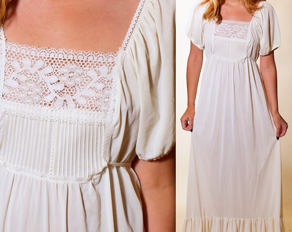 1960s authentic vintage ivory off white cap sleeve lace bodice maxi dress / nightgown women's size small