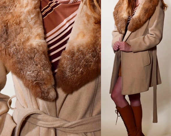 1970's vintage wool camel trench coat with faux fur collar coat women's size small / medium