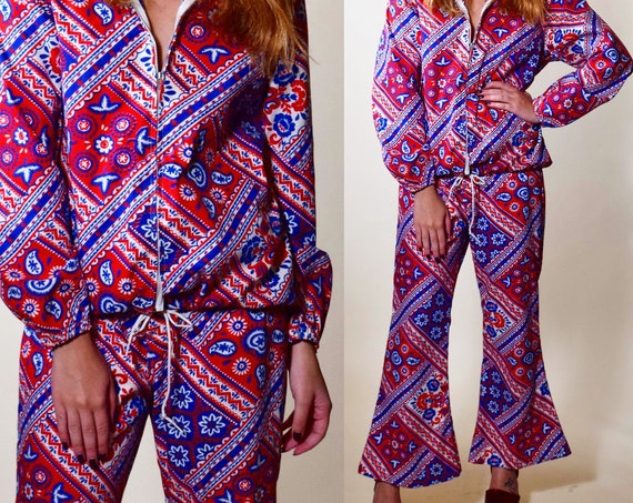 Rare authentic vintage 1960s 2 piece red white blue paisley bell bottoms + pullover jacket set women's size medium