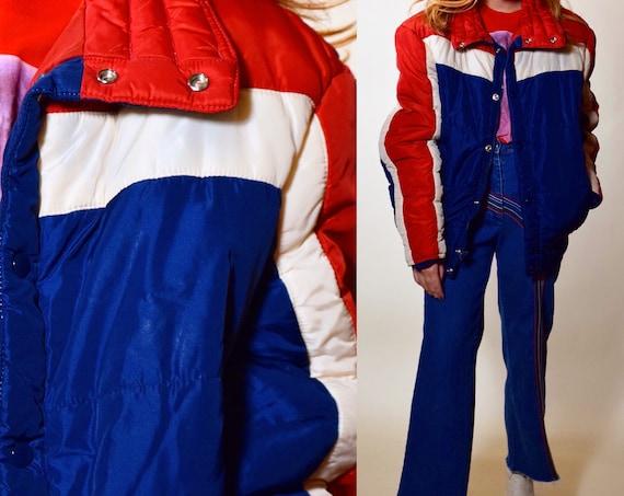 Vintage red white and blue SKI JACKET 1970's/80's authentic SKYR zip up jacket unisex M/L
