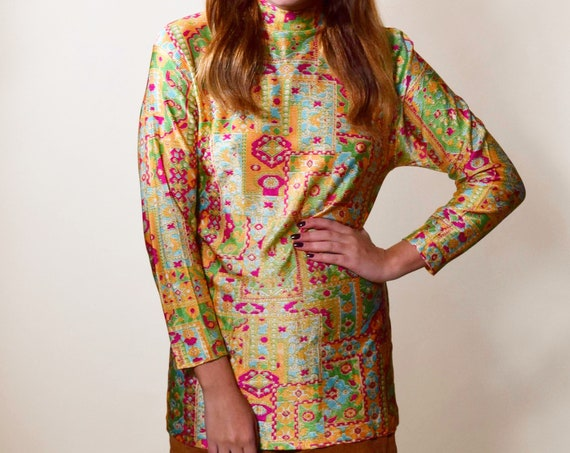 1960s-1970s authentic vintage psychedelic long sleeve mock turtleneck tunic blouse women's size small