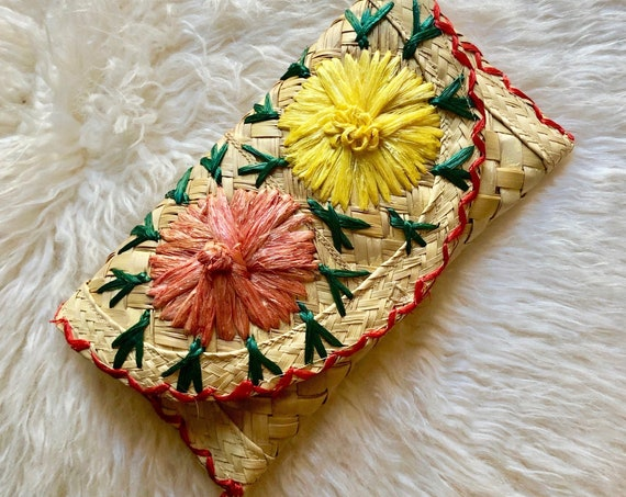 Vintage straw floral snap clutch / glasses case / wallet