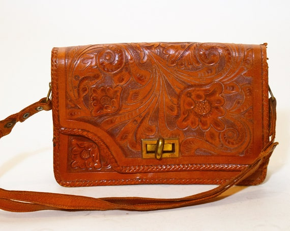 1970s authentic vintage hand tooled leather purse with id and paper money holder