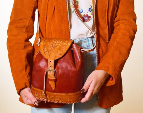 Authentic vintage leather tooled Nicaragua souvenir backpack style crossbody purse
