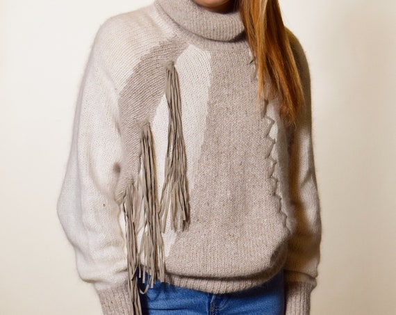 1980s authentic vintage taupe/gray stripe cozy turtleneck with suede fringe detail women's size medium