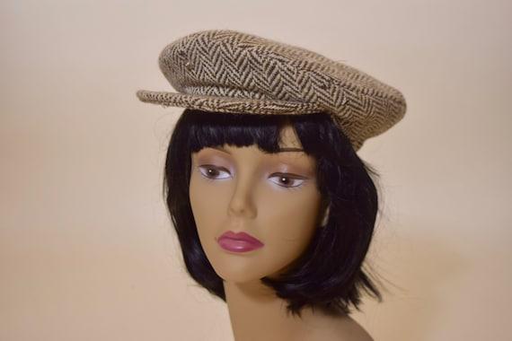 1970s authentic vintage off white 100 % wool tweed plaid newsboy / baker boy cap / hat