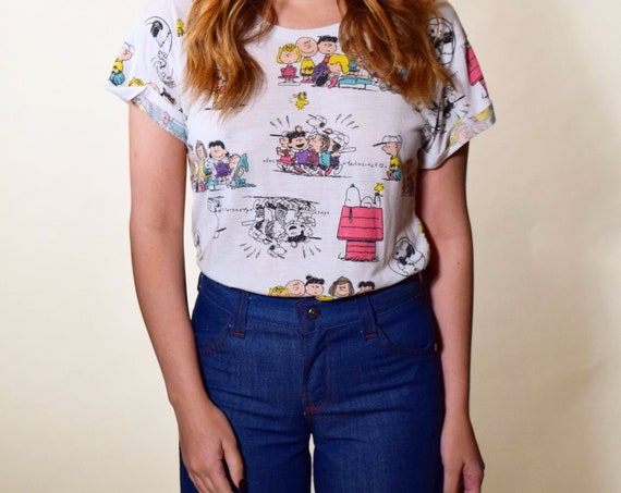 Vintage peanuts gang, Snoopy,  Charlie Brown graphic tee shirt women's size small