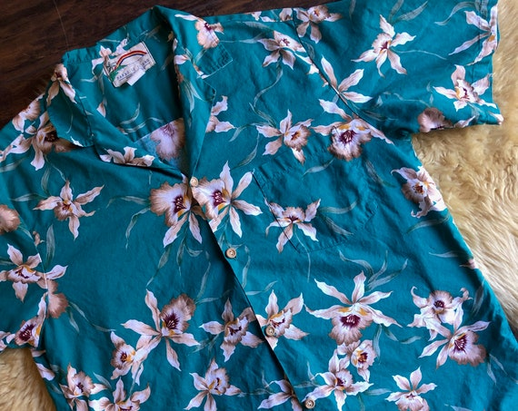 1980s authentic vintage teal blue Hawaiian floral patterned classic button down unisex Large