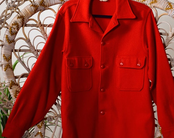 1950s authentic vintage red wool button down collared official Boy Scouts camp jacket / shirt unisex medium