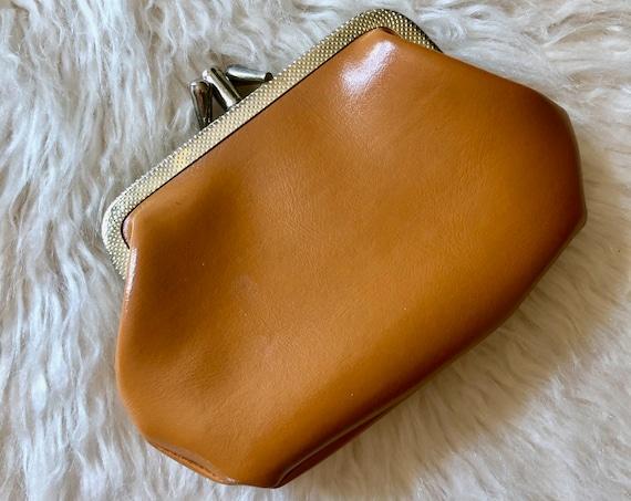 1960s authentic vintage light tan faux leather change coin purse/pouch