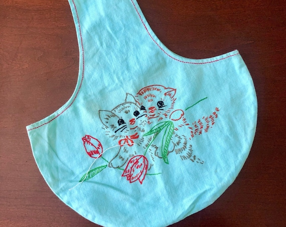1970s one of a kind hand embroidered kitten cloth pouch purse / re-usable much sack