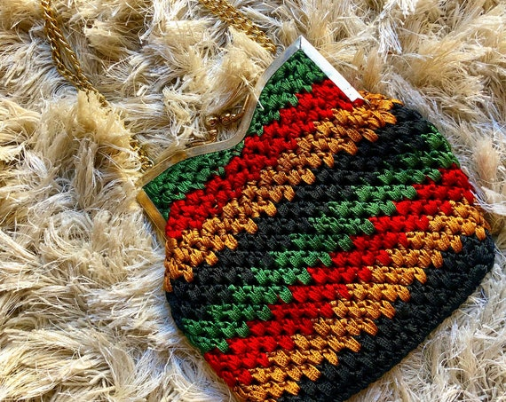 Small authentic Vintage crochet rasta pouch purse with gold chain and clasp