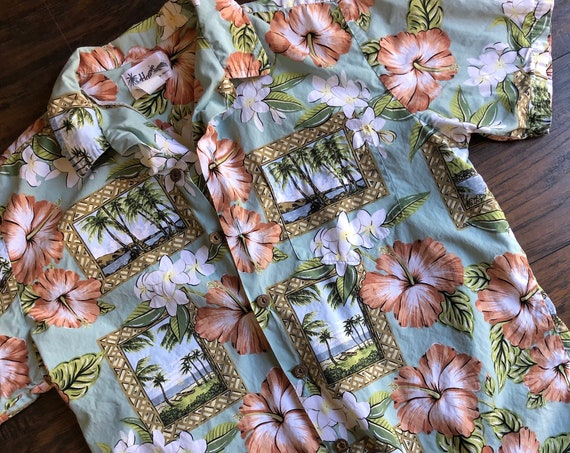 Authentic vintage Hawaiian palm tree floral button down shirt unisex size medium-large