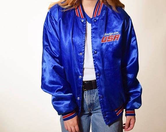 "Vintage 1980's ""Snap On "" USA red white and blue satin souvenir bomber jacket size medium / large"