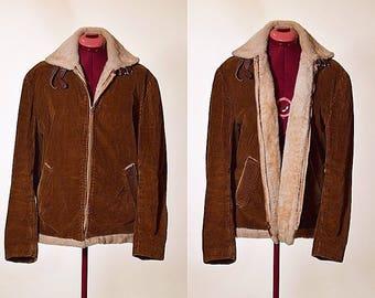 Vintage 1970's corduroy and faux fur lined men's zip up coat size medium