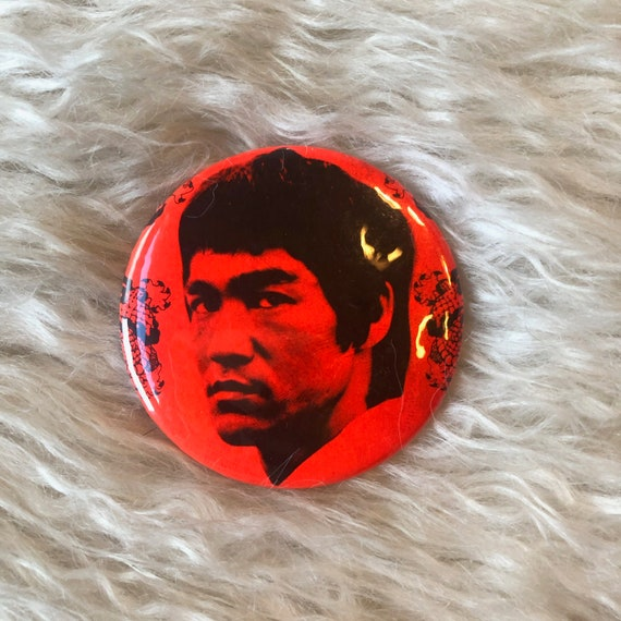 Authentic vintage Bruce Lee large round pin back button