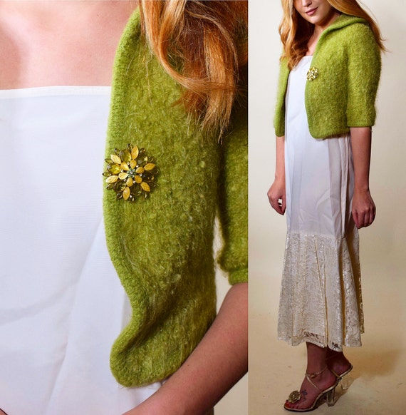 1950s authentic vintage RARE green cropped wool fitted shrug/jacket with matching jewel brooch women's size XS