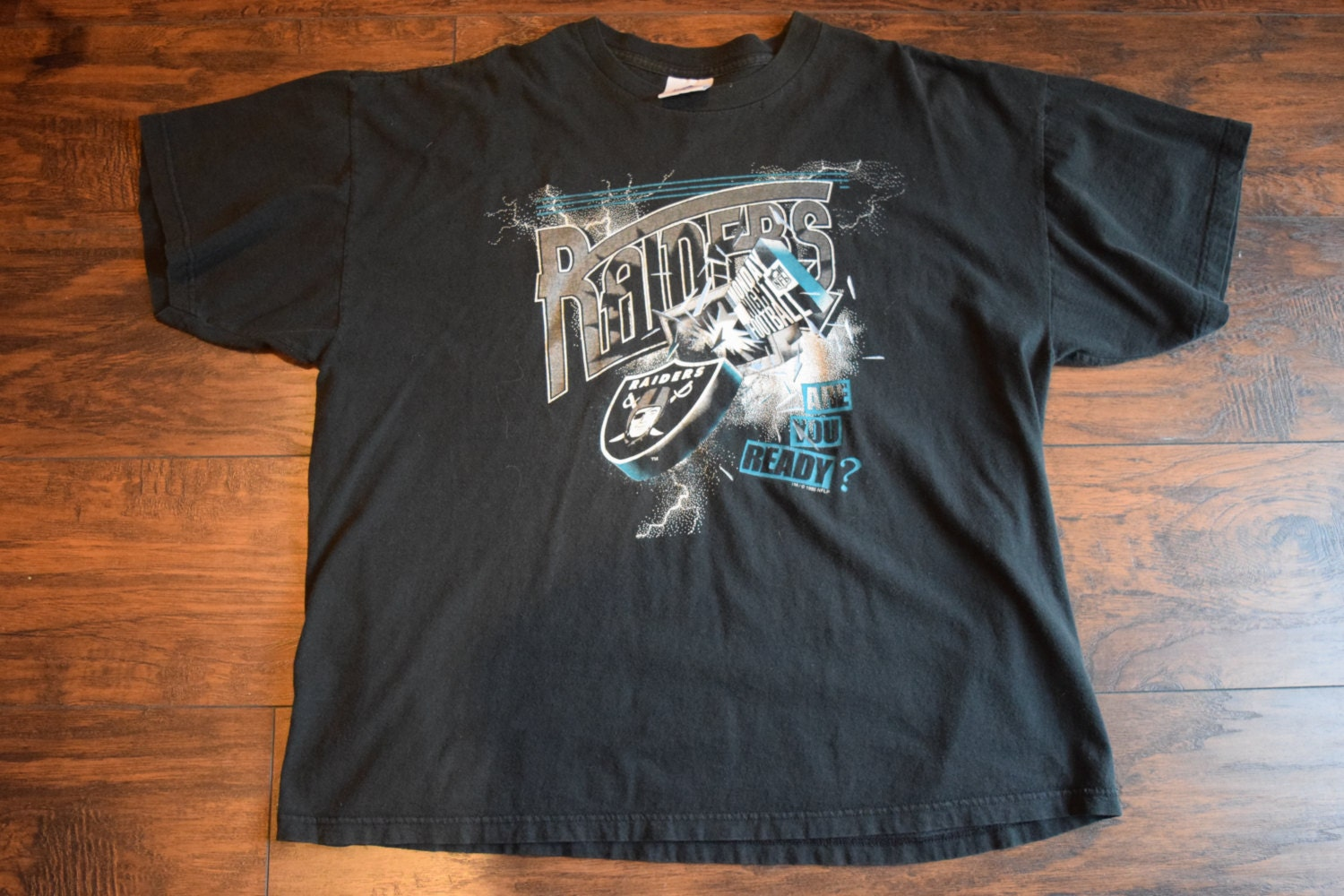 cd3b75ed Vintage 90's Oakland Raiders Monday Night Football graphic tee shirt ...