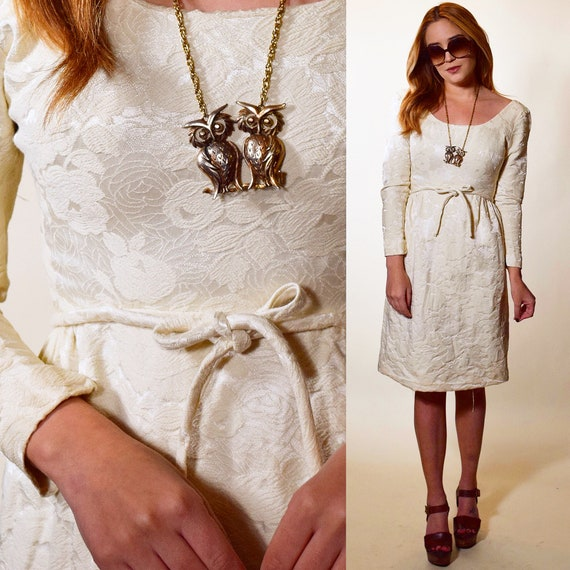1950s authentic vintage off white brocade floral long sleeve mini cocktail / wedding / rehearsal dinner dress women's size XS